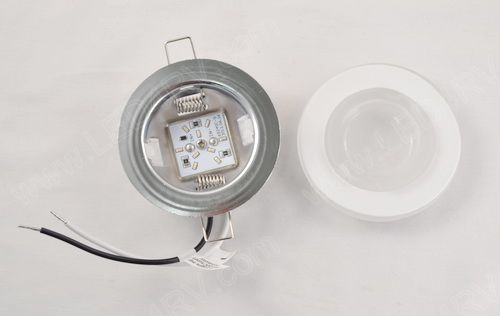 9 LED in Warm White with Brackets and Frosted Glass Lens SKU2121
