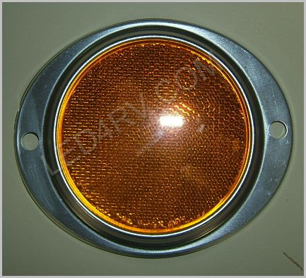 3 in Amber Reflector in Aluminum Housing LT218Y SKU384